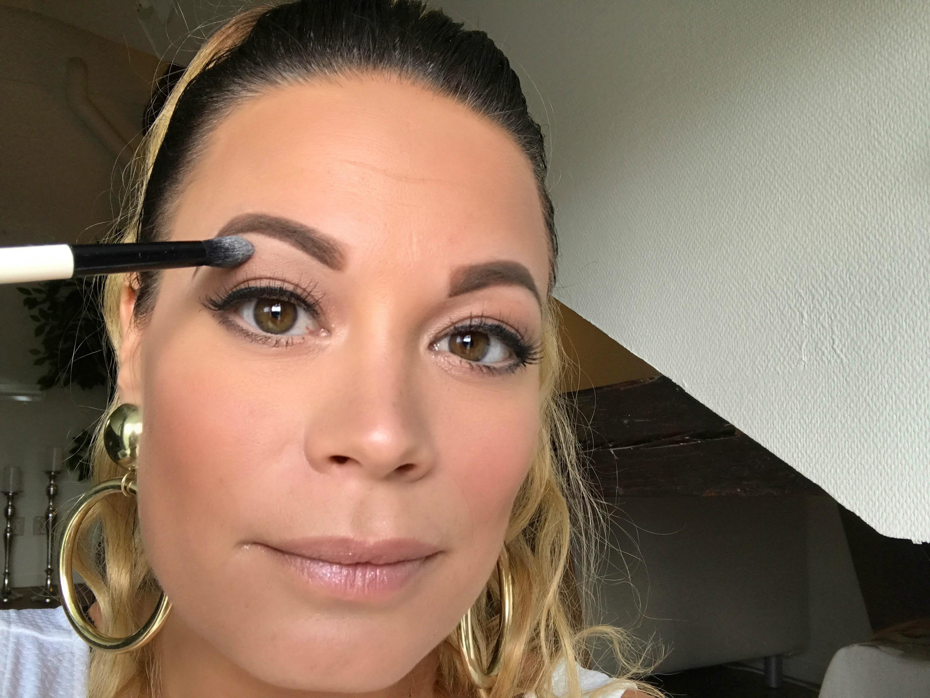Cejas Naturales Atractivas Tutorial Maquillaje 19